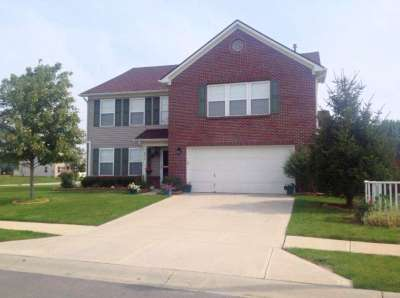 8775 N Springview Drive, McCordsville, IN 46055