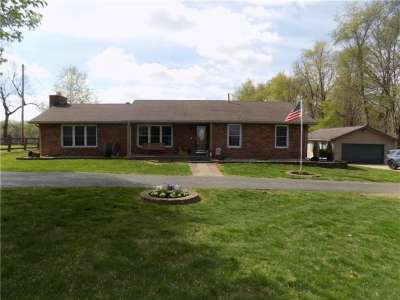 6841 N State Road 144, Greenwood, IN 46143