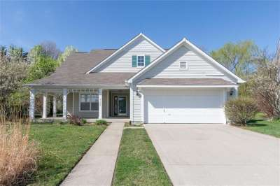 5129 W Brookstone Court, Indianapolis, IN 46268