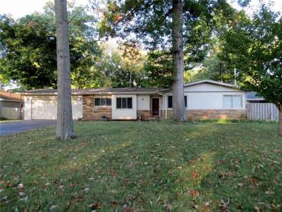 3222 Woodland Parkway, Columbus, IN 47201