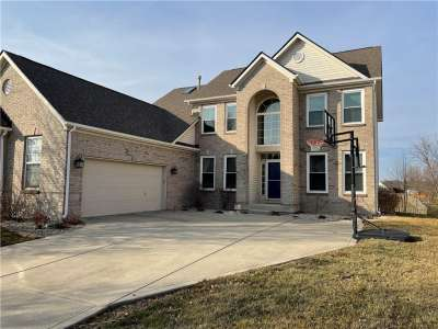 12160 W Everwood Circle, Noblesville, IN 46060