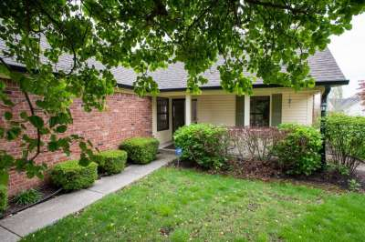10945 S President Circle, Indianapolis, IN 46229