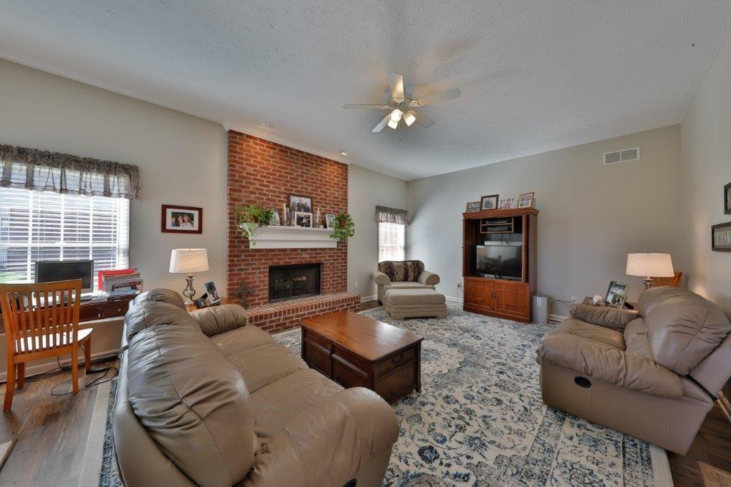 11719 S Mesa Valley Court, Fishers, IN 46037 image #1