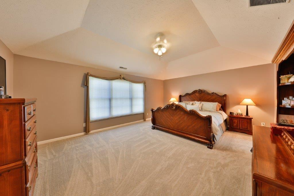 11719 S Mesa Valley Court, Fishers, IN 46037 image #8