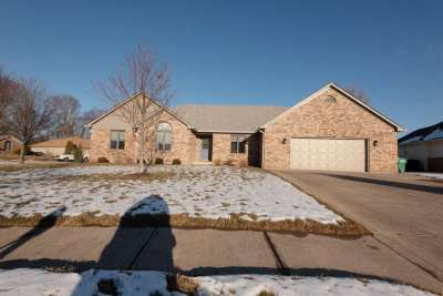 549 Hall Drive, Greenwood, IN 46142