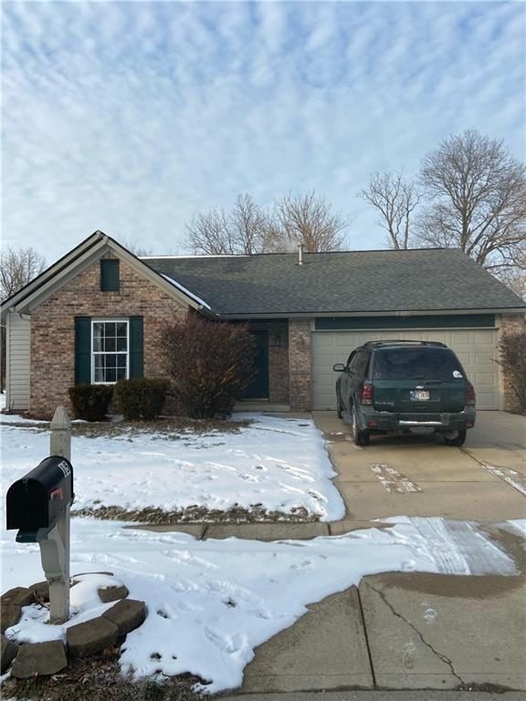 15 W Sable Chase Circle, Brownsburg, IN 46112 image #0