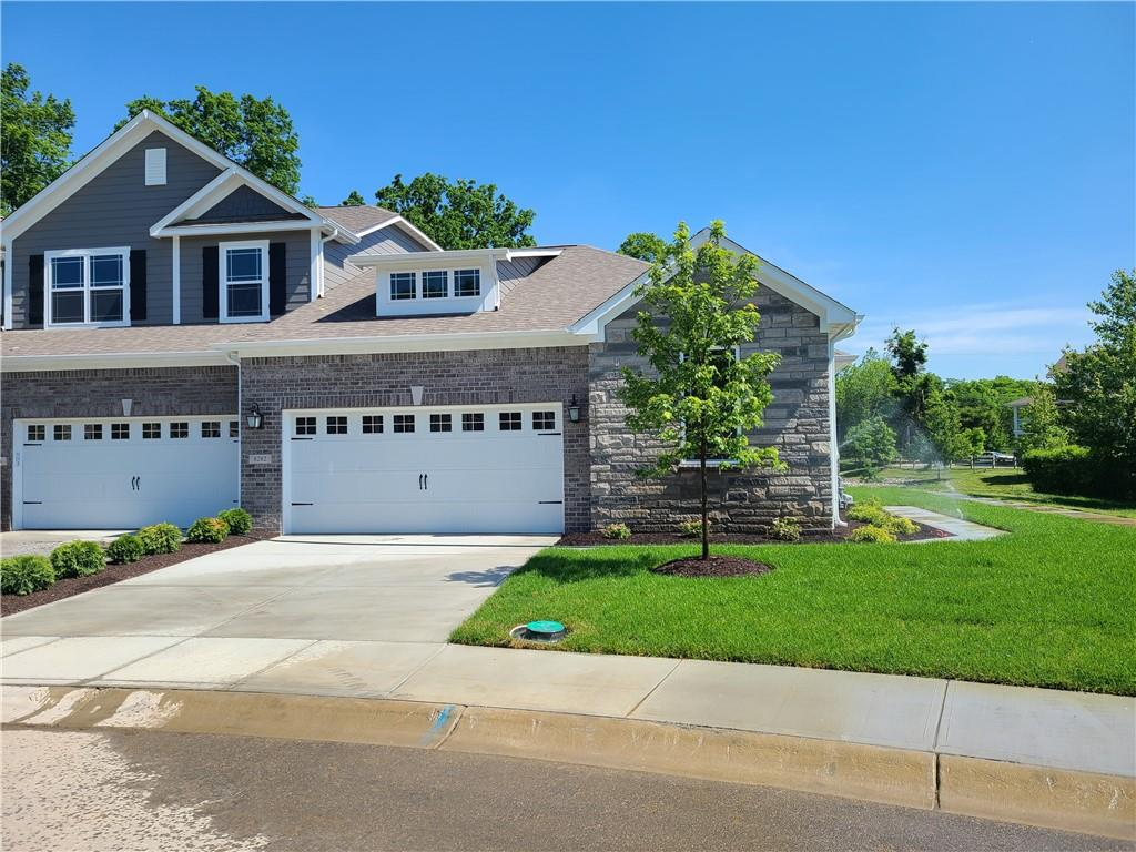 8282 W Glacier Ridge Drive, Fishers, IN 46038 image #1