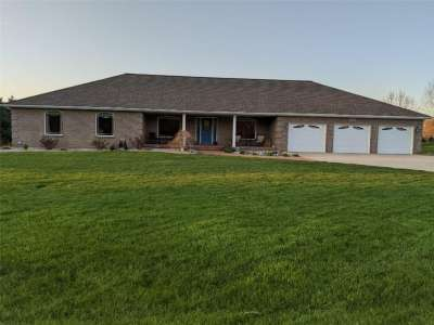 13020 E Otter Creek Lane, Columbus, IN 47203