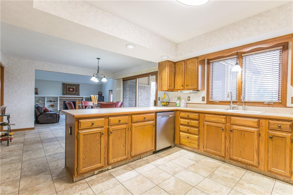12702 E Bay Run Court, Indianapolis, IN 46236 image #30