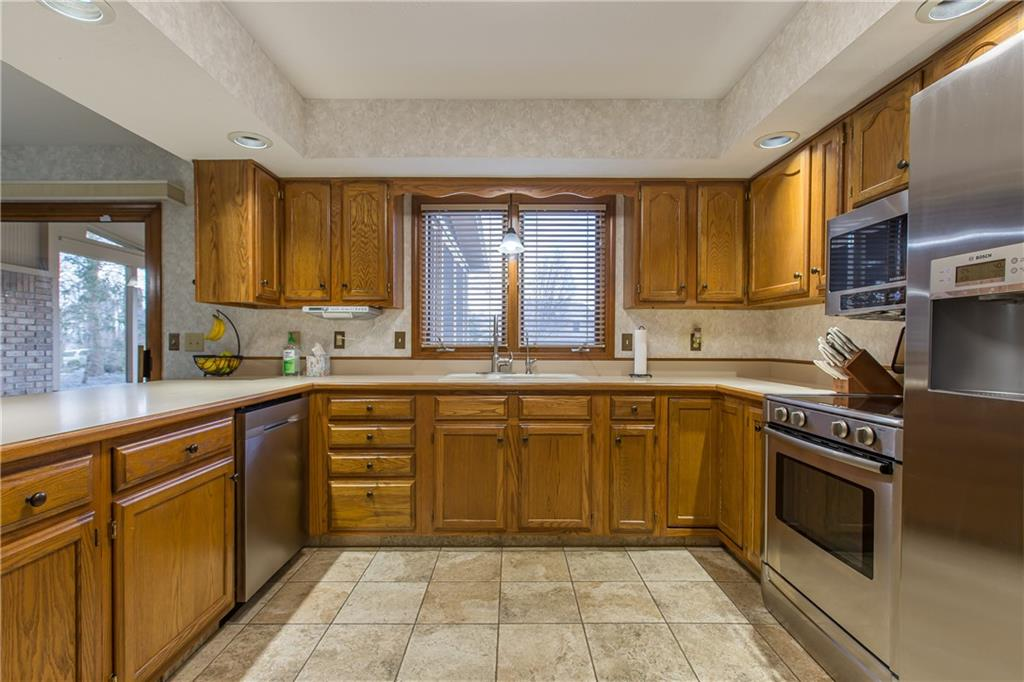 12702 E Bay Run Court, Indianapolis, IN 46236 image #7
