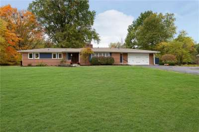 8988 Dunsmuir Drive, Indianapolis, IN 46260