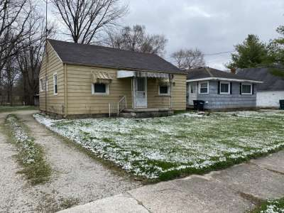 1806 S Wall Avenue, Muncie, IN 47302