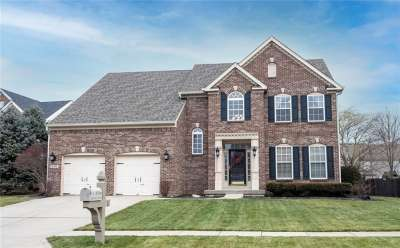 10346 E Aurora Court, Fishers, IN 46038