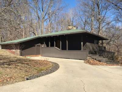 310 N Old Mill Trace, Crawfordsville, IN 47933