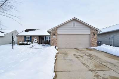 8427 S Crosser Drive, Indianapolis, IN 46237