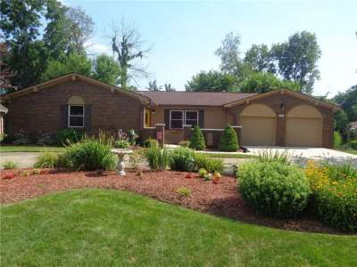 4069 E Easy Street, Greenwood, IN 46142