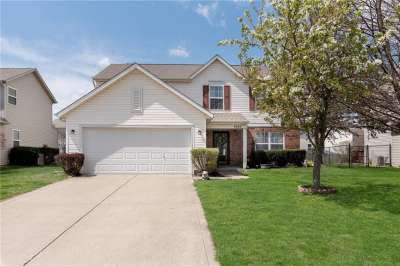 6524 W Oxford Drive, Zionsville, IN 46077