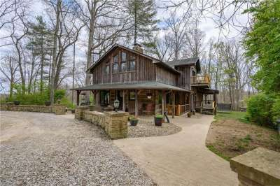 303 N Town Hill Road, Nashville, IN 47448