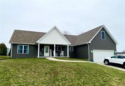 609 W Poplar Cove Drive, Brownstown, IN 47220