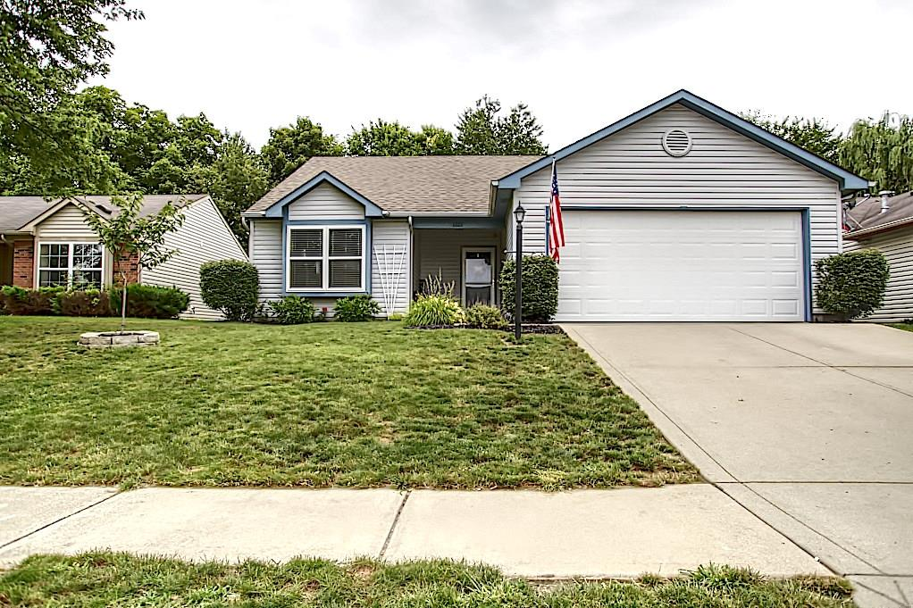 1327 N Blue Heron Lane, Greenwood, IN 46143 image #0