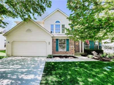 1264 E Black Oak Drive, Greenwood, IN 46143