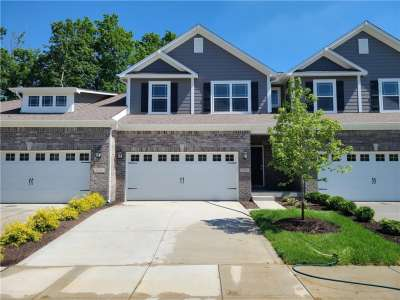 8258 W Glacier Ridge Drive, Fishers, IN 46038