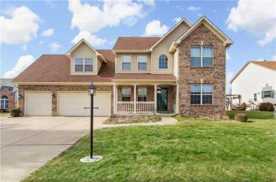 1560 N White Oak Court, Franklin, IN 46131