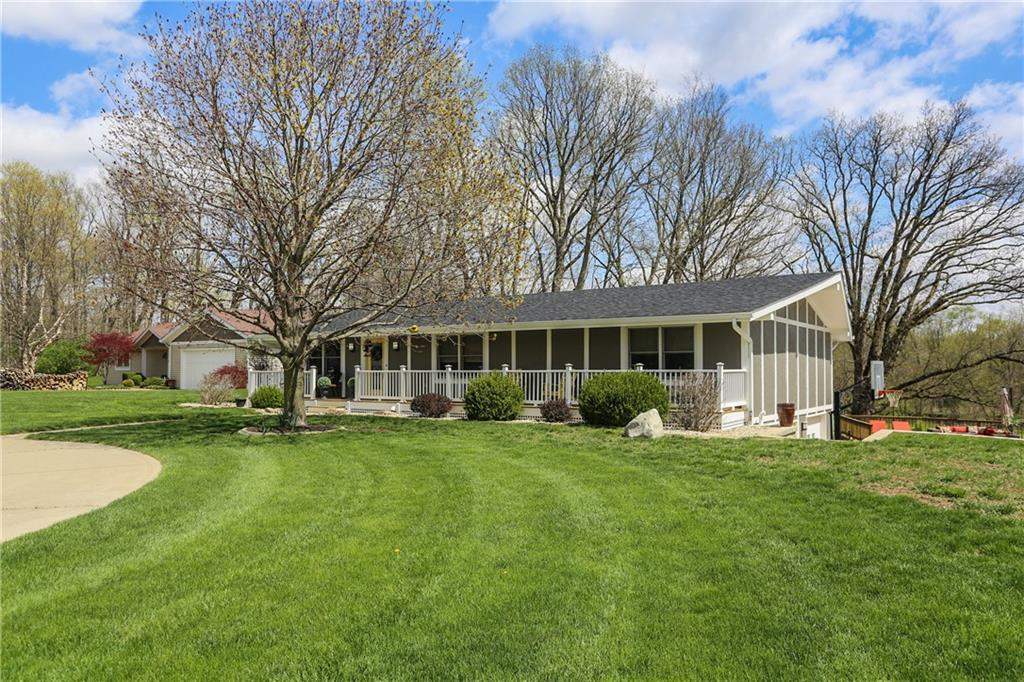 9042 N Pumpkinvine Road, Fairland, IN 46126 image #2