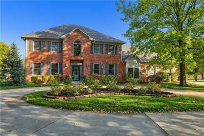 10132 N Summerlakes Drive, Carmel, IN 46032