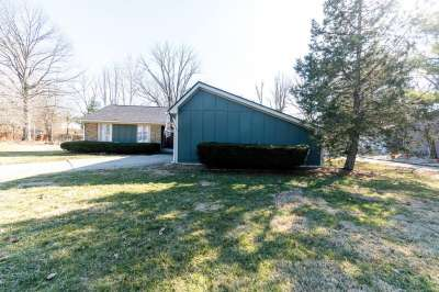 4029 W Hillendale Drive, Greenwood, IN 46142
