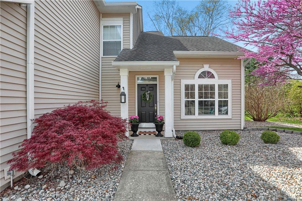 8609 E Knoll Crossing, Fishers, IN 46038 image #1