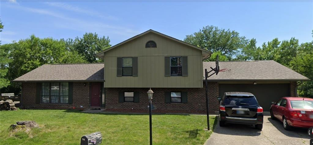 8218 Bull Run Court, Indianapolis, IN 46227 image #2