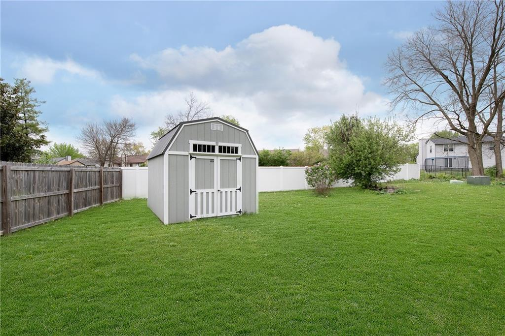 7345 S Carolling Way, Indianapolis, IN 46237 image #27
