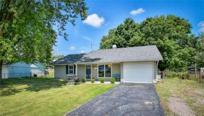 608 W Middle Park Drive, Edinburgh, IN 46124