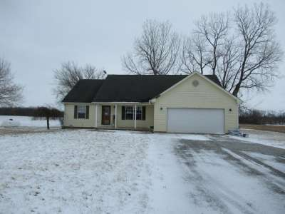4140 N 625, Shelbyville, IN 46176