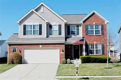 6184 S Ringtail Circle, Zionsville, IN 46077