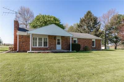 11233 E 900 North, Shirley, IN 47384