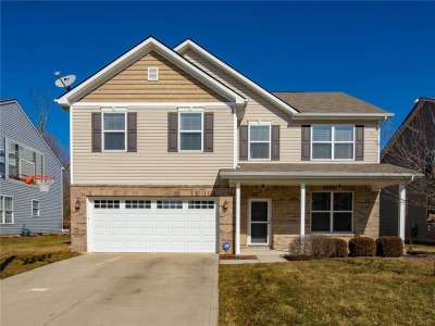 6106 S Green Willow Road, Whitestown, IN 46075