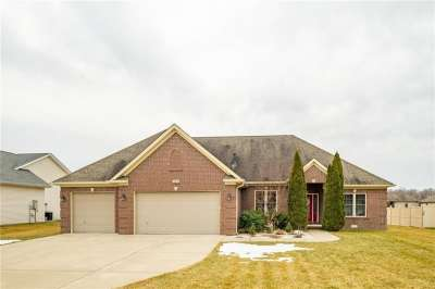 2779 N Buttercup Court, Columbus, IN 47201