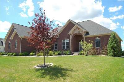 10238 N Copper Ridge Drive, Fishers, IN 46040