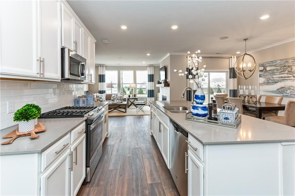 15721 E Harvester Circle, Noblesville, IN 46060 image #10