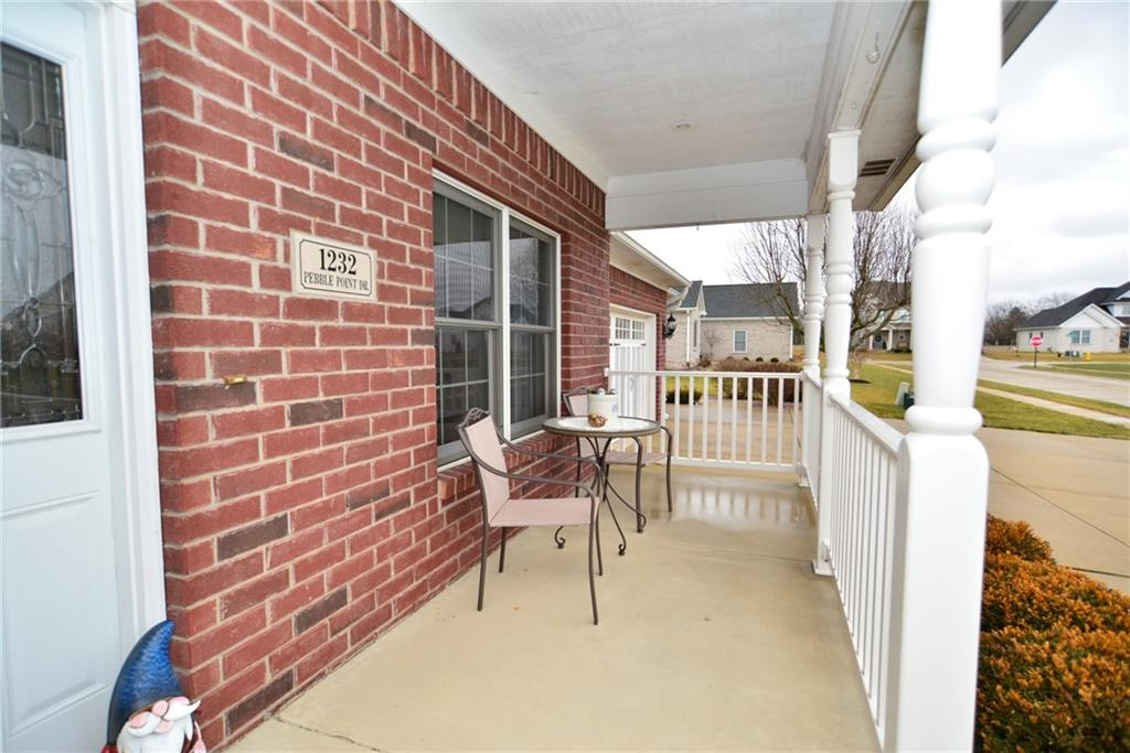 1232 Pebble Point Drive, Shelbyville, IN 46176 image #3
