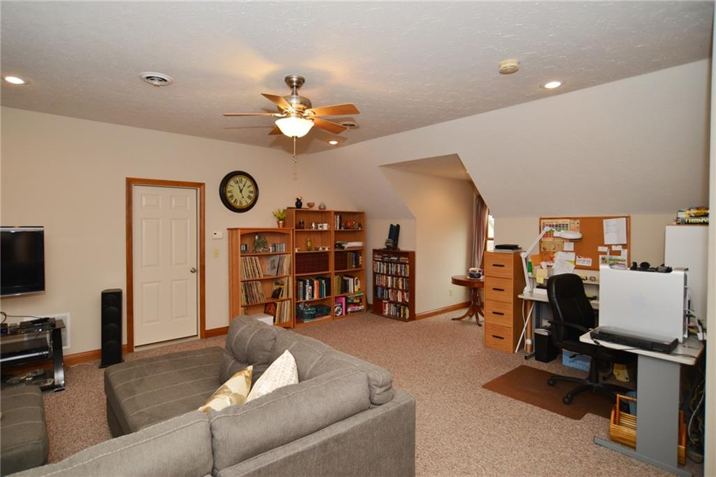 1232 Pebble Point Drive, Shelbyville, IN 46176 image #38