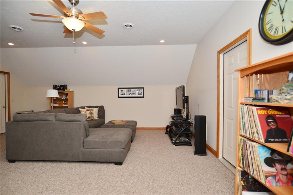 1232 Pebble Point Drive, Shelbyville, IN 46176 image #40