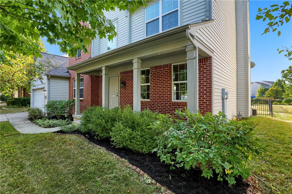 11823 E Stepping Stone Drive, Fishers, IN 46037 image #3
