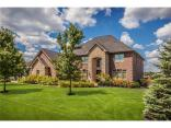 952 Westview Point Drive, Columbus, IN 47201