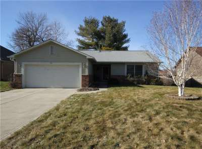 498 Pebble Way, Greenwood, IN 46142