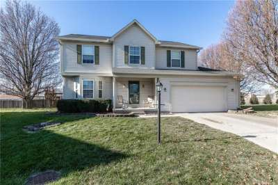 902 N Hearthside Court, Brownsburg, IN 46112