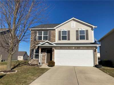 3821 W Gray Heather Lane, Whitestown, IN 46075