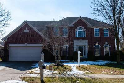 10338 E Parkshore Drive, Fishers, IN 46038